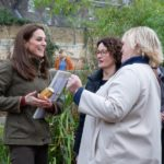 The Duchess chats with RHS Director General Sue Biggs / Photo copyright RHS / Suzanne Plunkett