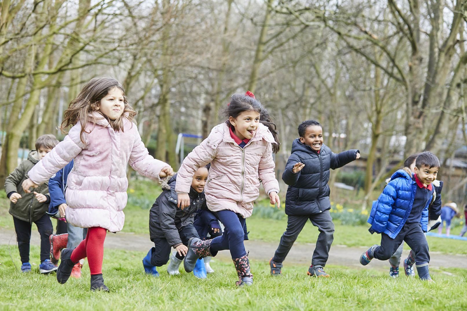 kids running Ks1